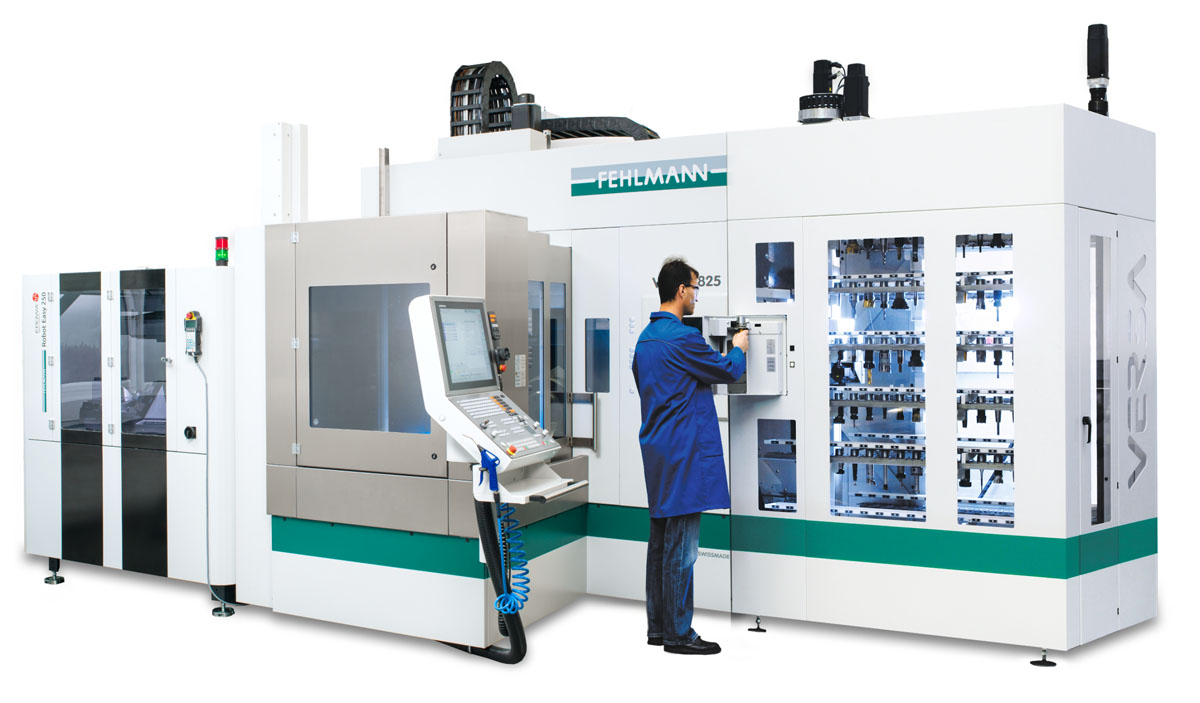 Machining center in portal design VERSA 825 with automation solution ERE and rack magazine for up to 250 tools
