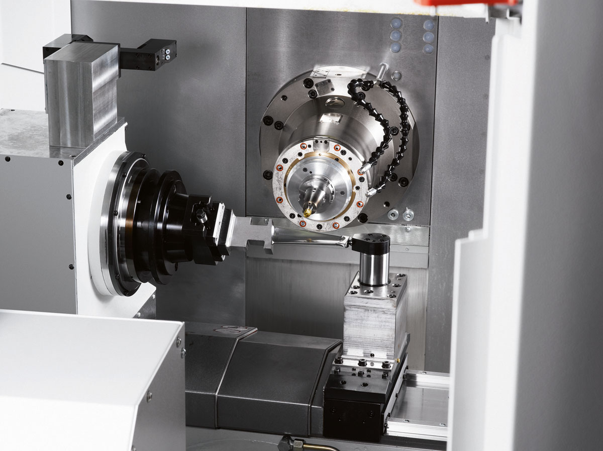 Starrag LX 051 – When it's all about speed and precision. Starrag developed the LX series specifically with the highly precise, efficient, simultaneous five-axis machining of turbine blades in mind.